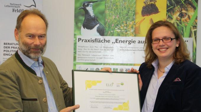 """Bienenfreundliche Energiepflanzen ausgezeichnet! Netzwerk Lebensraum Feldflur erhält Sonderauszeichnung des """"European Bee Award"""""""